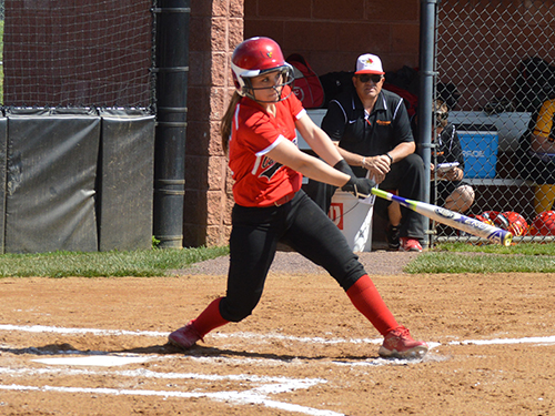 Freshman infielder Hailey Horton had 2 hits and scored 2 runs in the first game of the doubleheader against Etown.